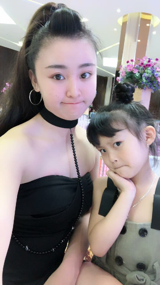 hot girl bánh tráng, hot girl bánh tráng trộn Đà Lạt, Lưu Hoài Bảo Chi
