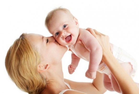 Sai lầm khi chăm trẻ, chăm trẻ đúng cách, Trẻ sơ sinh