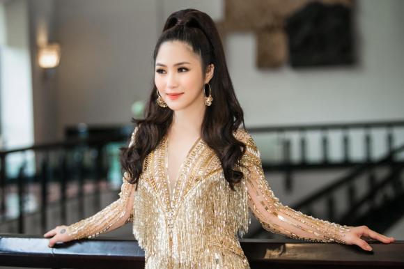 Hương Tràm, sao Việt