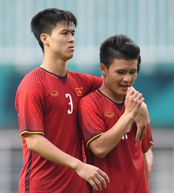 Olympic Việt Nam, Quang Hải, sao Việt, Minh Tiệp, MC Thành Trung