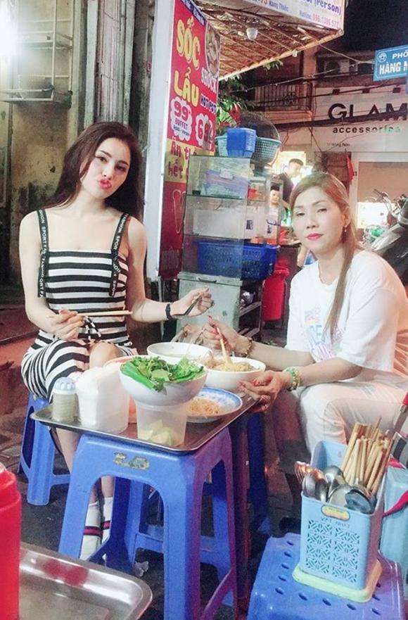Á hậu Thư Dung, Á hậu bán dâm