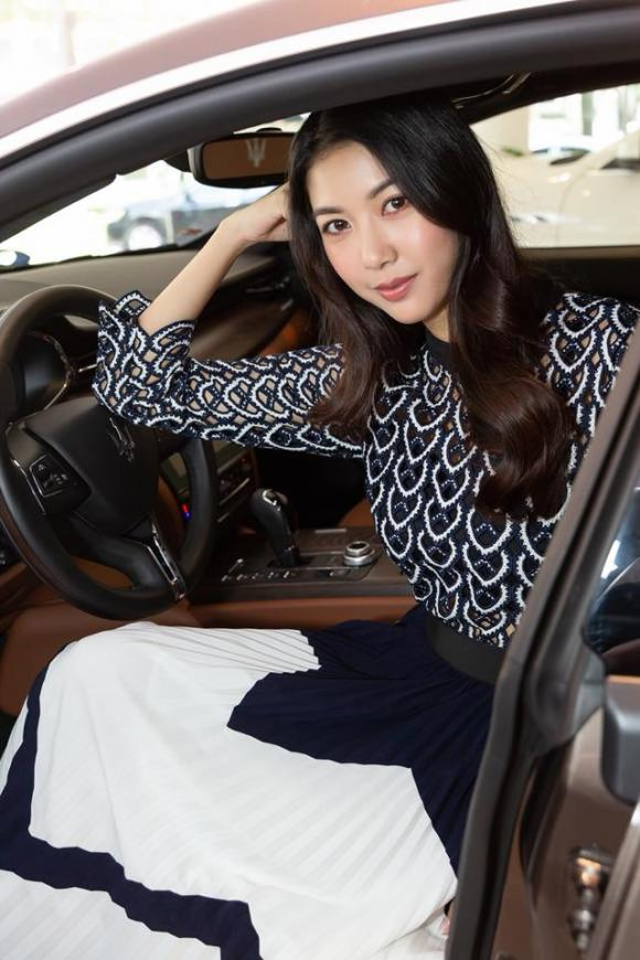Á hậu Thúy Vân, xế hộp của Thúy Vân, xe của sao, sao Việt