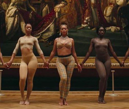 Hoàng Thuỳ Linh, Nicky Minaj, đụng hàng, Beyonce