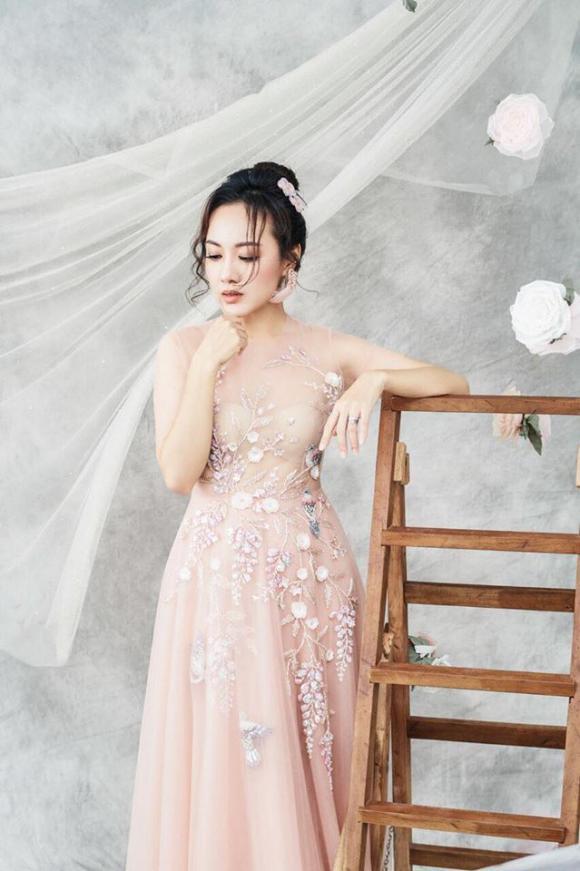 BTV Hoài Anh, MC Hoài Anh, sao Việt
