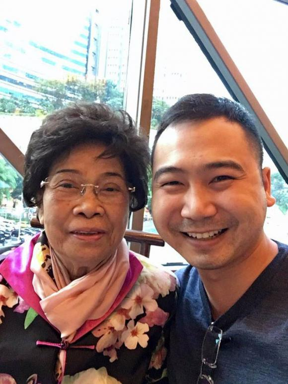 Lan Khuê, John Tuấn Nguyễn, sao Việt