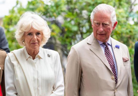 Hoàng gia Anh,Camilla,Công chúa Eugenie