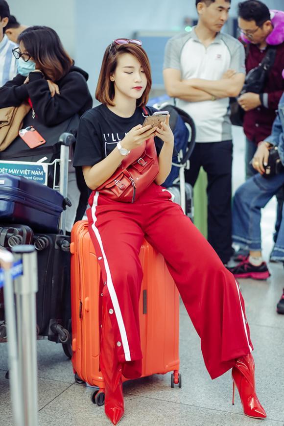 Hoàng Oanh, Seoul Fashion Week, sao Việt