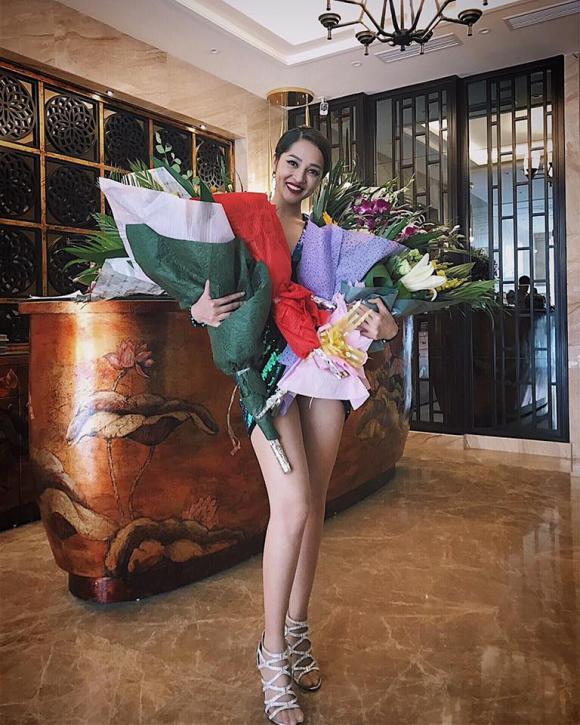 Bảo Anh, Bích Phương, sao Việt