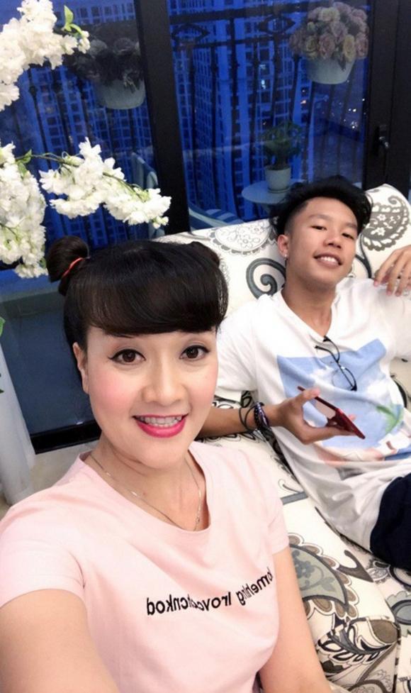 sao Việt giấu chồng, Thụy Vân, Thanh Hương, Vân Dung, sao Việt