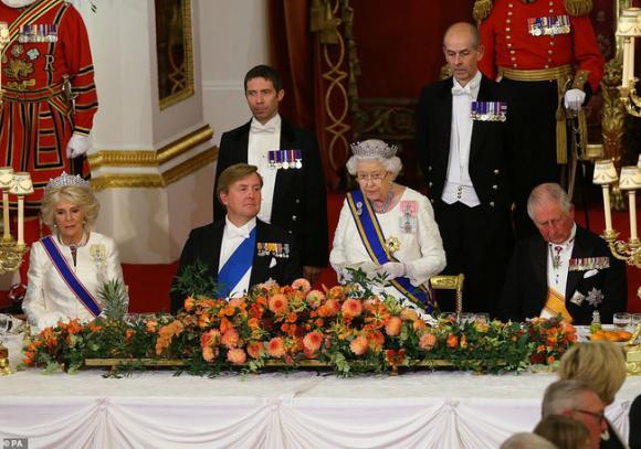 Hoàng gia Anh,Thái tử Charles,Hoàng tử William,Hoàng tử Harry, bà camilla, nữ hoàng anh,Kate Middleton
