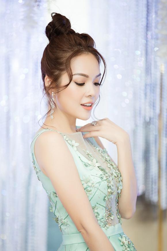 Dương Cẩm Lynh,Thúy Diễm,sao Việt