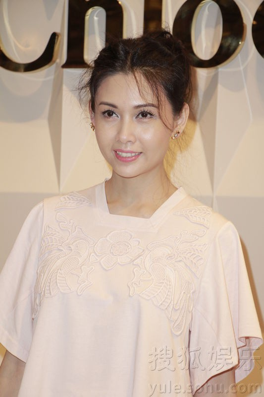 Khâu Thục Trinh,nữ thần gợi cảm Hong Kong,Lam Khiết Anh