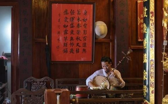 Hoài Linh, Vượng Râu, Nhà sao việt