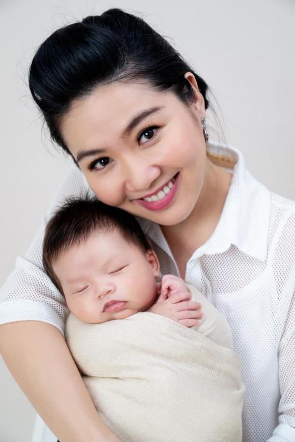 Lê Khánh, con trai Lê Khánh, chồng Lê Khánh