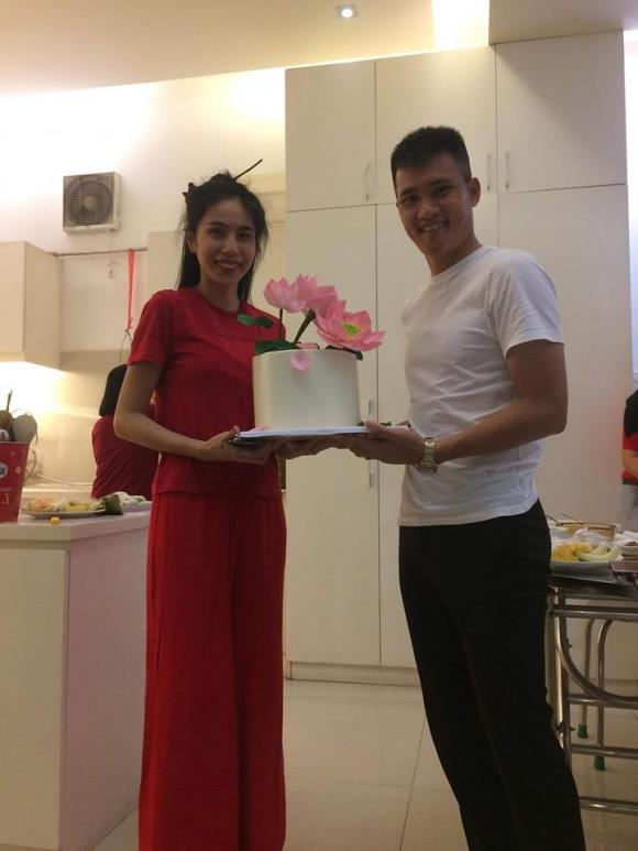 Thủy Tiên, Công Vinh,sao Việt