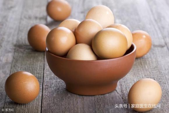 ăn một quả trứng mỗi ngày, cách chăm sóc sức khỏe, ăn 1 quả trứng một ngày có sao không