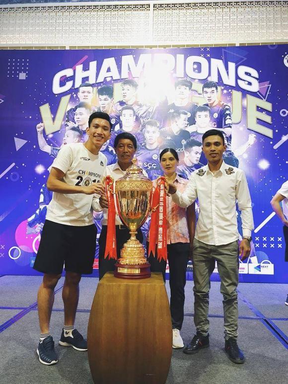 Đoàn Văn Hậu, mẹ của Đoàn Văn Hâu, bóng đá Việt Nam