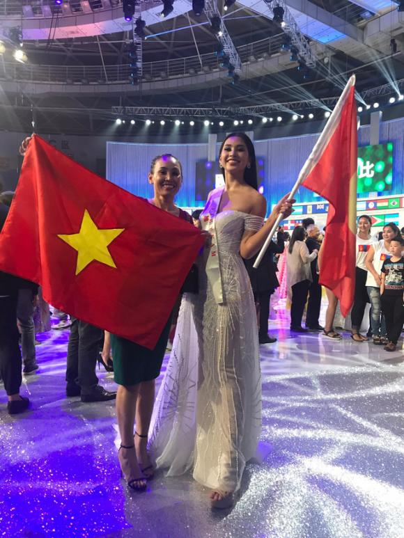 Trần Tiểu Vy,Hoa hậu Tiểu Vy tại Miss World 2018,sao Việt