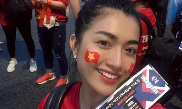 hooligan Nam Định, pháo sáng, Hàng Đẫy