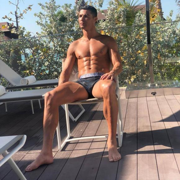 Cristiano Ronaldo,siêu sao Juventus,Georgina Rodriguez