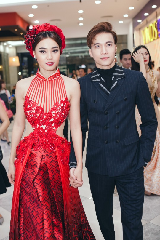 Ninh Dương Lan Ngọc, ST, Chi Dân, sao Việt