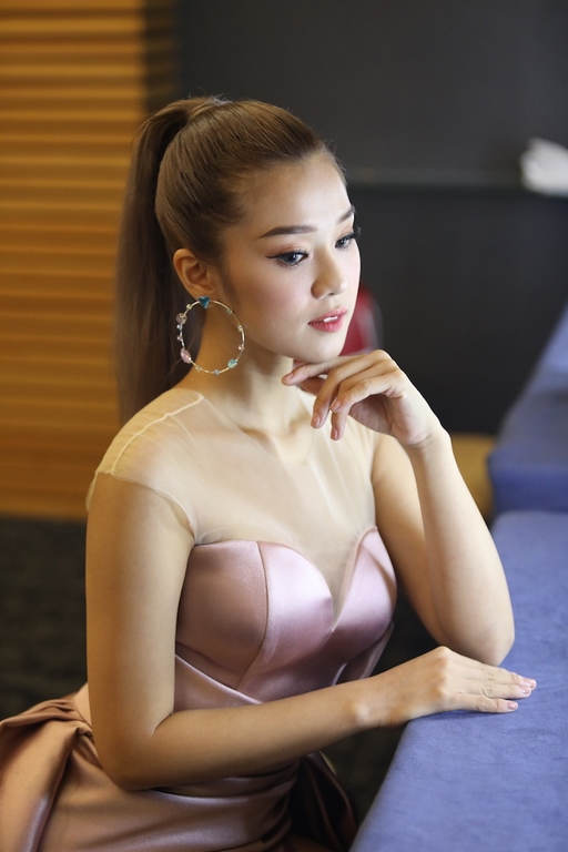 Hoàng Yến Chibi,Kim Nam Joo,sao Việt