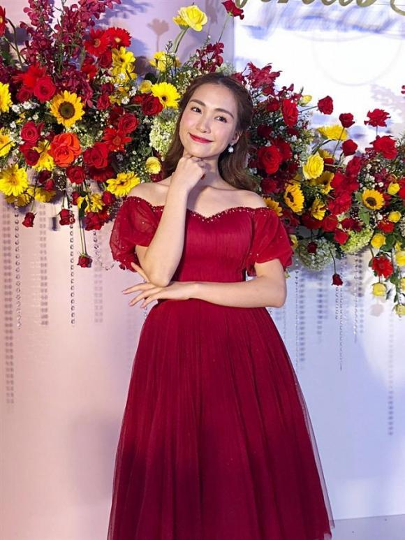 Hòa Minzy, Võ Hạ Trâm, đám cưới Võ Hạ Trâm, sao Việt