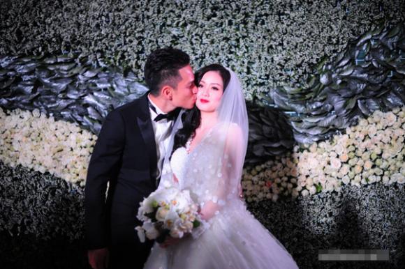 đám cưới xa hoa của hot girl Việt,hot girl Việt,Vân Navy,Tâm Tít