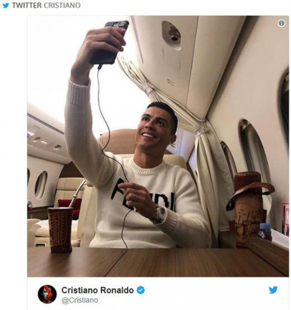 Cristiano Ronaldo, tự sướng, CR7, đội tuyển Juventus