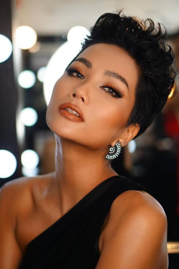 H'Hen Niê, hoa hậu của các hoa hậu,  Hoa hậu đẹp nhất thế giới 2018, Timeless Beauty, Vẻ đẹp vượt thời gian