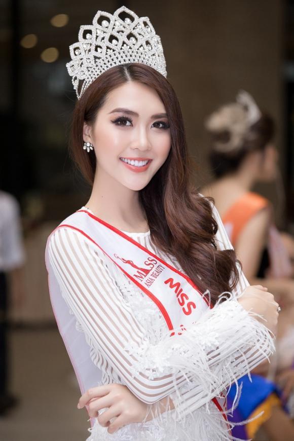 Tường Linh, NTK Việt Hùng, Hoa hậu Tường Linh bị bùng tiền cát xê
