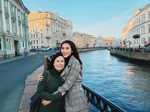 Tường Linh,Tường Linh đi du lịch,sao Việt