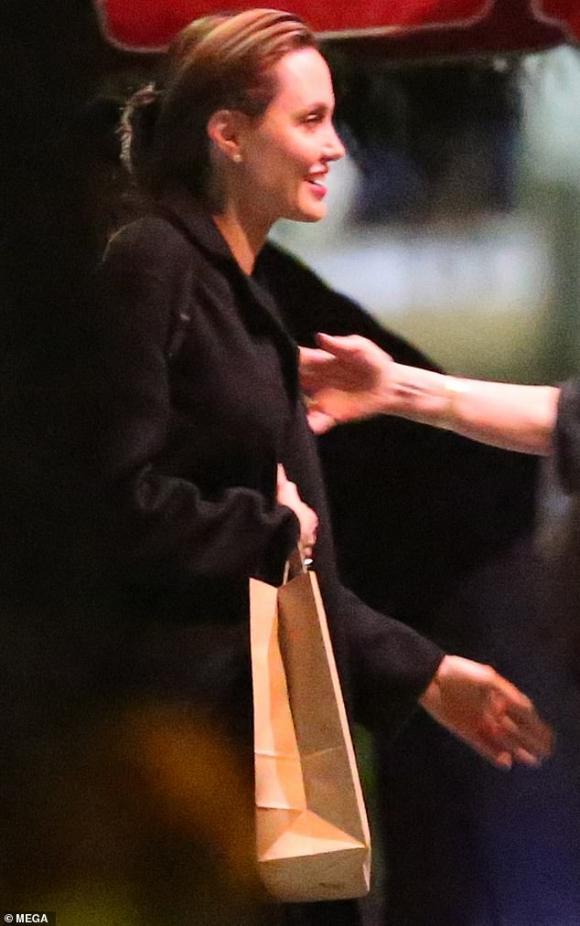 Brad Pitt,Jennifer Aniston,Angelina Jolie,sao Hollywood