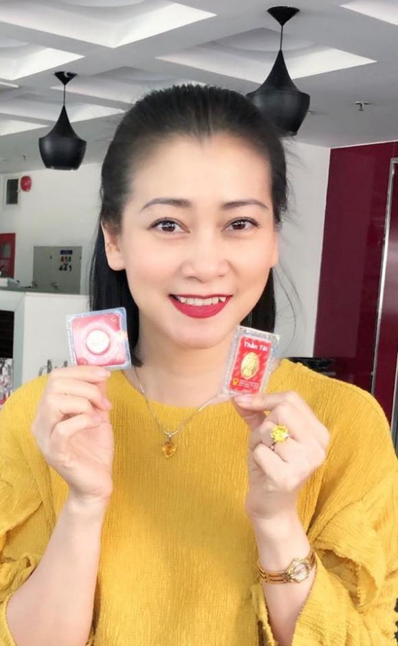 sao Việt, ngày vía Thần Tài, Xuân Hinh, Quyền Linh, Trương Quỳnh Anh
