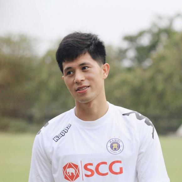 Đình Trọng, Văn Kiên, cầu thủ bóng đá