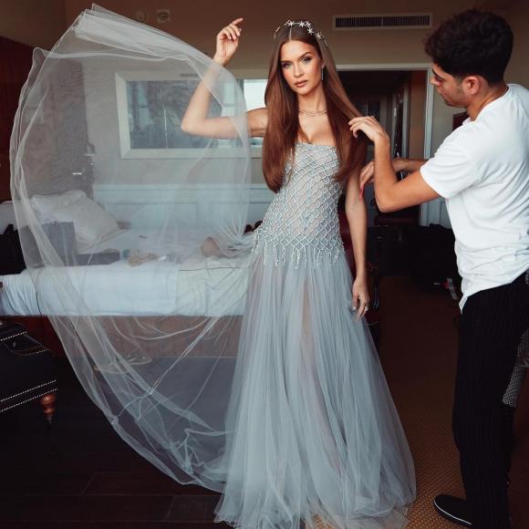 Victoria's Secret,Oscar,thiết kế Công Trí,thảm đỏ Oscar,nhà mốt Việt