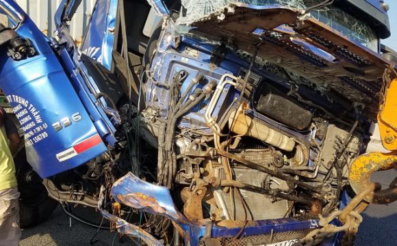 iPhone phát nổ, điện thoại nổ khi sạc, tai nạn do điện thoại phát nổ