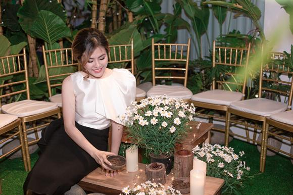 Vân Trang,ông xã Vân Trang,sinh nhât Vân Trang,sao Việt