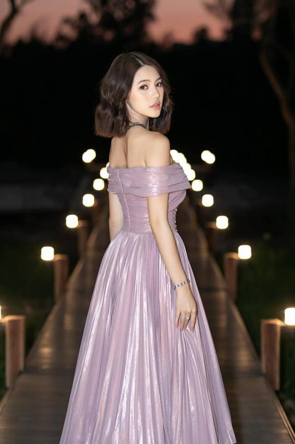 Jolie Nguyễn, Hoa hậu con nhà giàu, sao việt