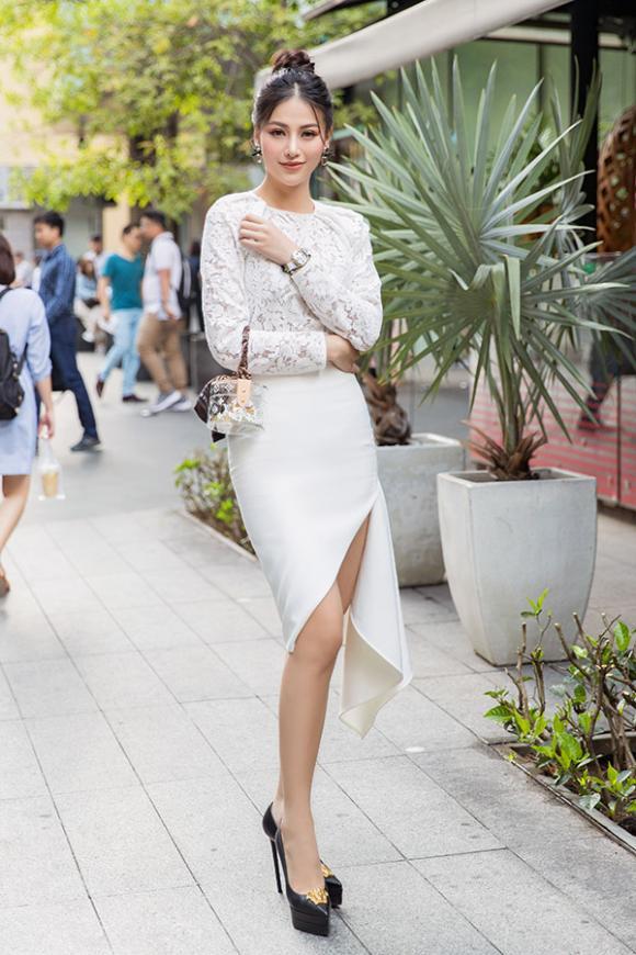 Phương Khánh, Minh Tú, Đỗ Mỹ Linh, Tiểu Vy