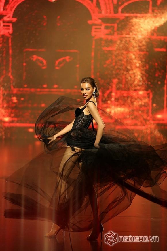 Đêm hội chân dài 12,thảm đỏ đêm hội chân dài,trình diễn sexy trong đêm hội chân dài