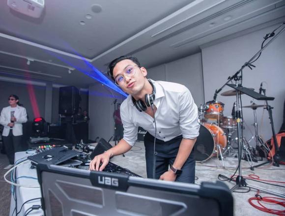 Hương Giang,MV của Hương Giang,sao Việt