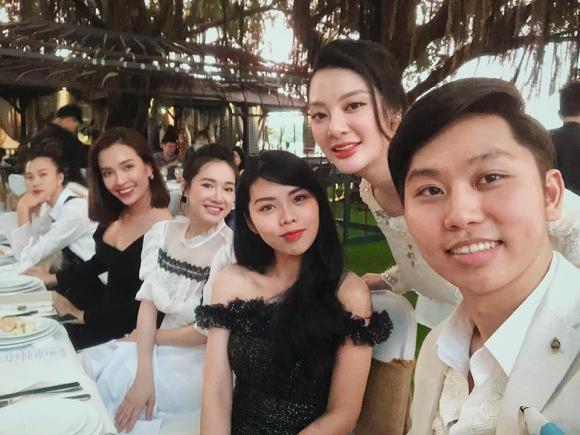 Nhã Phương, diễn viên Nhã Phương, Ái Phương, Hoàng Oanh