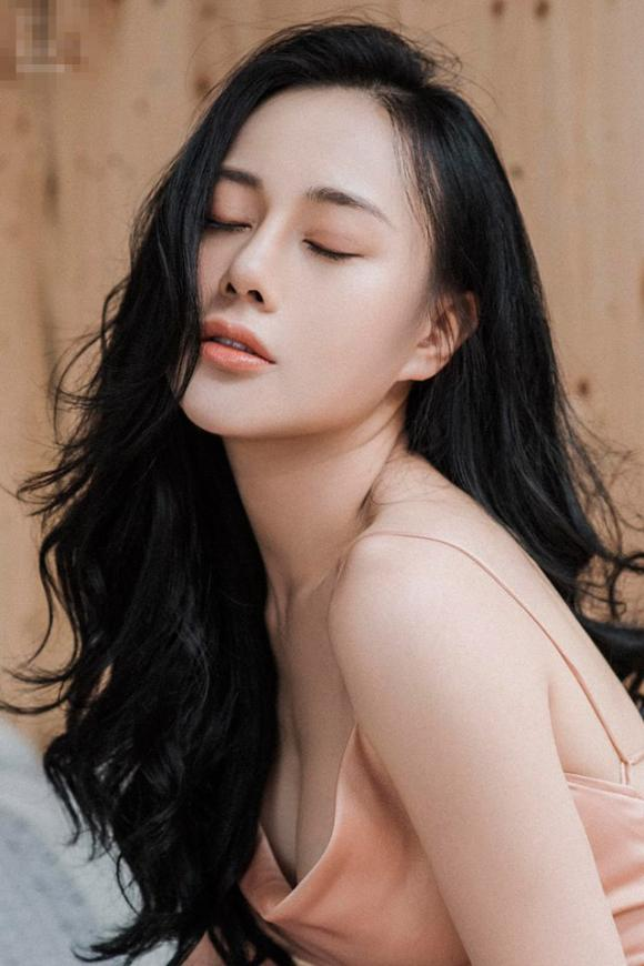 Quỳnh búp bê, diễn viên Phương Oanh, sao Việt