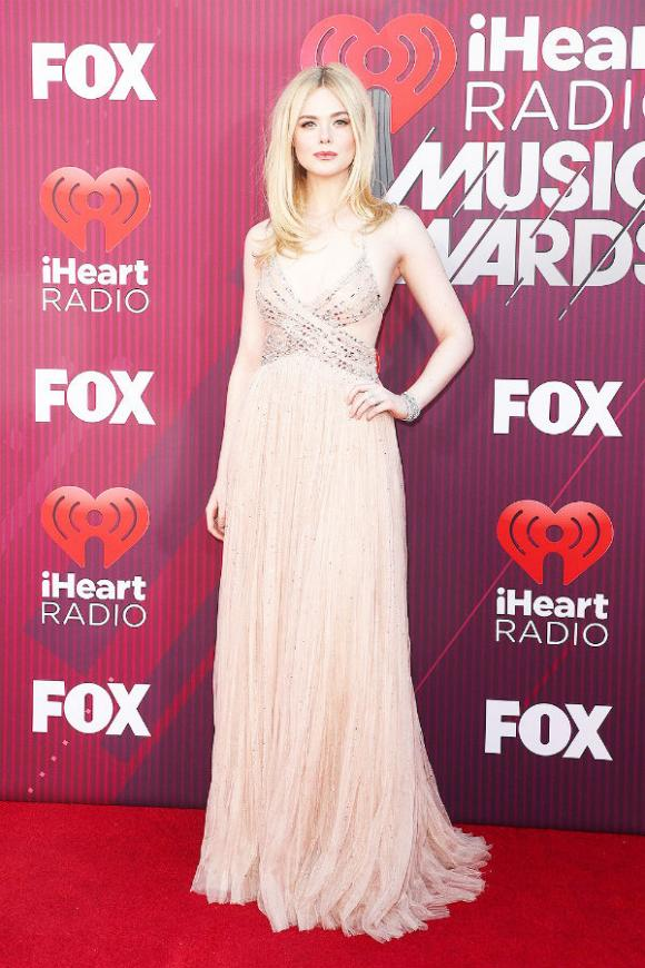 iHeartRadio, taylor swift, katy perry, sao hollywood