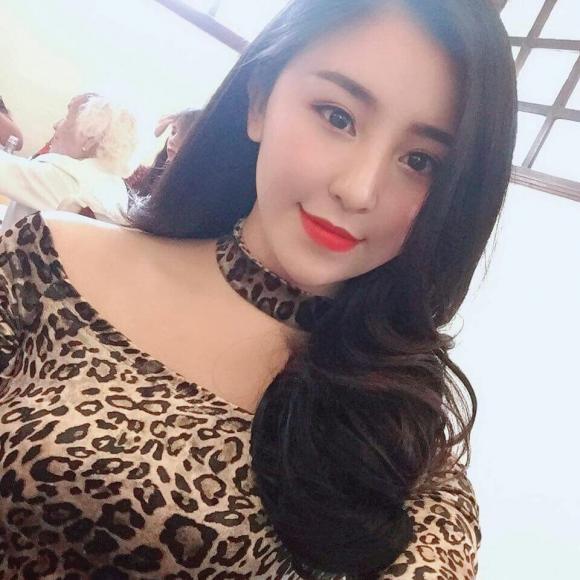 hot girl bánh tráng trộn Đà Lạt, bạn trai hot girl bánh tráng trộn Đà Lạt, Bảo Chi