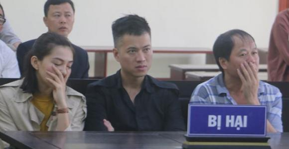 Lưu Đê Ly, Lừa đảo chiếm đoạt tài sản, tin pháp luật