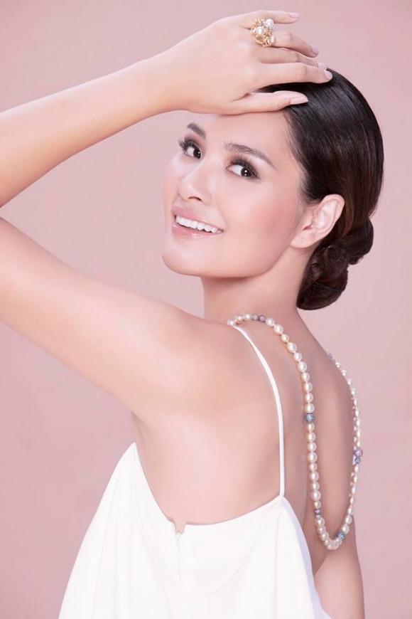 Hoa hậu đẹp nhất châu Á, Hương Giang, gia đình Hương Giang