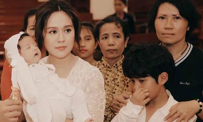 mát xa cho bé, Thanh Thúy, Thanh Thúy hướng dẫn cách mát xa cho bé