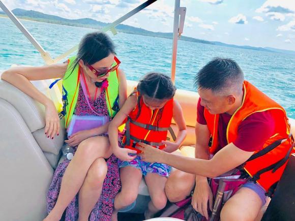 Thủy Tiên, con gái Thủy Tiên, vợ chồng Thủy Tiên du lịch